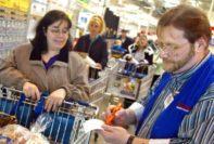 Labour Crunch Puts Japans 247 Stores in Danger